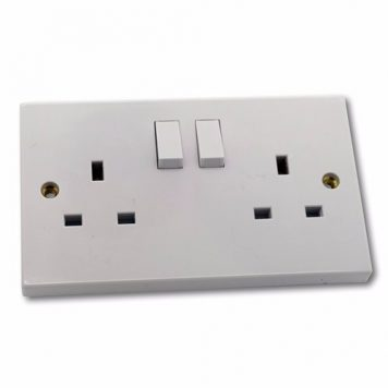 ESR 2G DP 13A White 230V UK 3 Pin Switched Electric Wall Socket